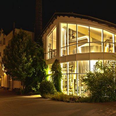 Das Hachenburger Sudhaus bei Nacht.