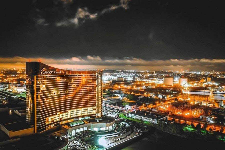 Does encore hotel have casino sams toen casino
