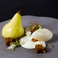 Spice cake whiskey-ginger sorbet, roasted pear, bergamot, caramel