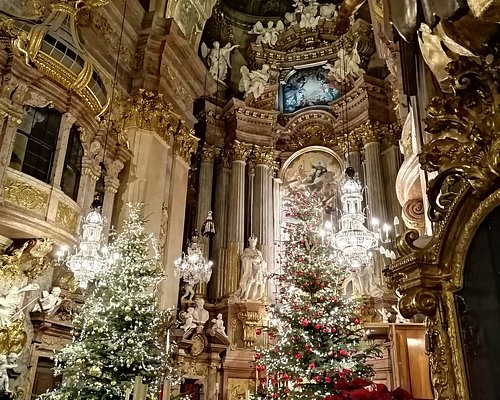 The alter in Christmas
