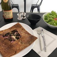 traditional way GALETTES: Ham cheese and mushroom GREEN SALAD Cider LIKE Brittany person