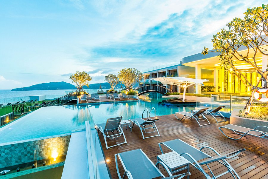 CREST RESORT & POOL VILLAS - Updated 2021 Prices & Hotel Reviews (Patong, Thailand) - Tripadvisor