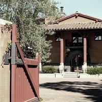 Luna Vineyards Entrance