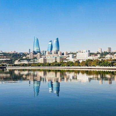 Солнечный и гостеприимный Баку ждет вас!