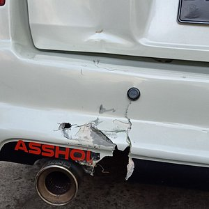 Tourist from Rusia hit my car from behind,,,many foreign rent bike but they not really good ride....