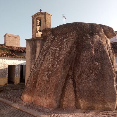 The ancient dolmen (anta) with a church tower added to it in the middle ages.