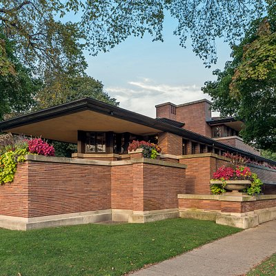 Exterior, Frederick C. Robie House (Frank Lloyd Wright, 1908-10), Chicago.  Credit: Courtesy of Frank Lloyd Wright Trust. Photographer: James Caulfield