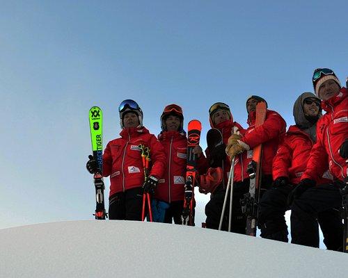 INTER BANSKO ski and snowboard instructors 2019-2010