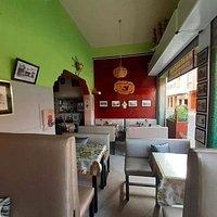 Restaurant Abdessamad au coeur de la ville venez découvrir nos tajines