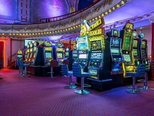 Casino de Cabourg - Salle des machines à sous