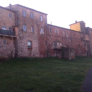 """The limit of the """"Complesso degli Ospitalieri"""" on the north side. The development of the buildings has concealed the circle of the ancient walls (assuming that in this stretch they have been clearly visible at some time)."""