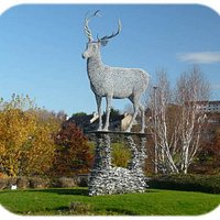 "The ""Lomondgate Stag"" in the Lomondgate Roundabout north of Dumbarton."