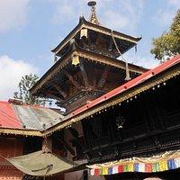 Verso lo Swayambhunath, il tempio di Bijeshwari