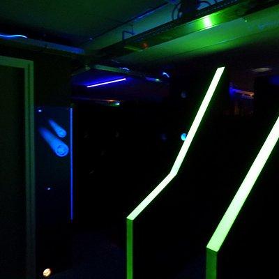 Foto's van de lasergameruimte