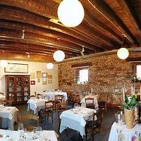 ....ambiente accogliente....dove poter apprezzare il gusto di una cucina tradizionale e suggestiva...
