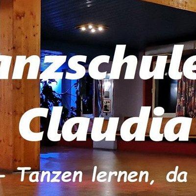 Für mehr Informationen besuchen Sie einfach die Homepage der Tanzschule Höllriegl :)