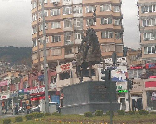 Osmangazi heykeli