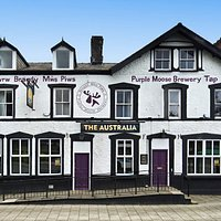 The Australia, Porthmadog. Brewery Tap for Purple Moose Brewery