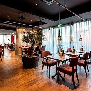 PHDER lounge restaurant dpi