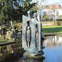Sculpture dans le bassin