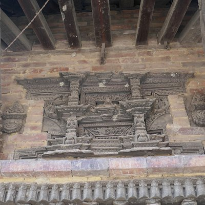 Bhaktapur, particolare del tempio degli elefanti erotici