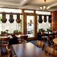 Salle du restaurant côté Grand-rue