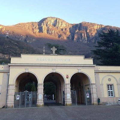 Cimitero di Oltrisarco
