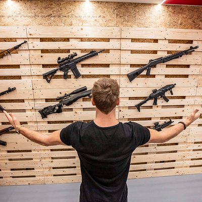 Prague Armory's EXTRAS offer is full of guns from different eras. Starting with old school Lee Enfield Mk.IV, Dirty Harry Revolver or legendary PPSH from WWII Soviet armament.  Second only to MP5 or M16 - legends of the cold war, or modern 21st century rifles like Czech Bren 2 or CZ Scorpion EVO3 Carbine.