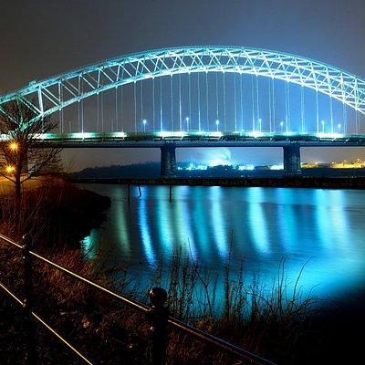 The Silver Jubilee Bridge at night