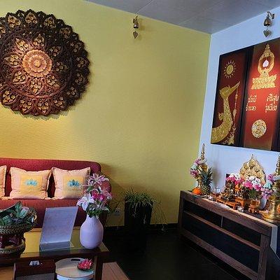 Geniesse Sie eine tolle in Spa Day ab CHF 45. Jetzt Termin vereinbaren Lotus essenziell Spa & Kosmetik.  Lassen Sie sich von uns verwöhnen und von den wohltuenden Effekten auf Ihre Gesundheit überraschen. (Wir bieten nur seriöse Massagen und keine Erotik an)