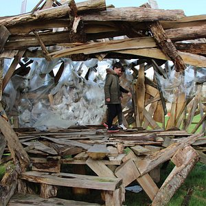 Manoir de Saint Urchaut , structure De jeux en bois , play Structure in wood