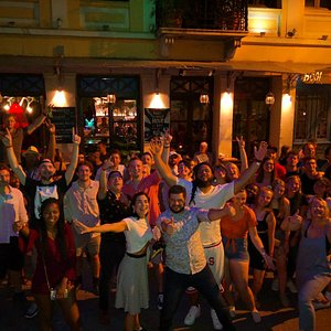 To get wasted, to Feel fine, Athens Drunk Tour once in a time!