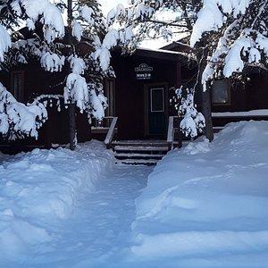 Firehole Cabin 418 entry