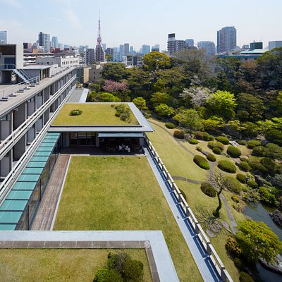 The International House of Japan (I-House) is a non-profit, nongovernmental organization incorporated in 1952 with the aim of promoting cultural exchange and intellectual cooperation between the peoples of Japan and those of other countries. Inspired by the beautiful traditional garden which surrounds the clean yet graceful design of its buildings both foreign and  Japanese visitors can come together in creative dialogue and relaxed contemplation.