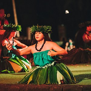 Hula Dancers!