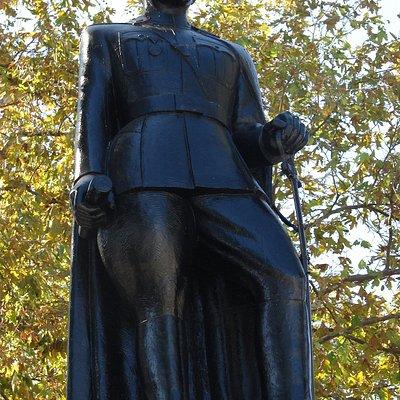 Mütareke Anıtı Ve İsmet İnönü Heykeli 2