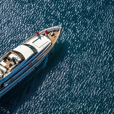 Harpa is a 21-meter motor yacht built by the famous Italian builder Cantieri di Pisa a historical brand of the Italian yacht industry. The luxury vessel is fully equipped with a salon, lounge, bar & a fly bridge with 360° degree view.
