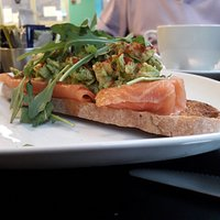 Toast with grilled salmon & smashed avocado