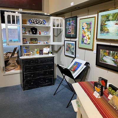 Just a few of the paintings and gift items.