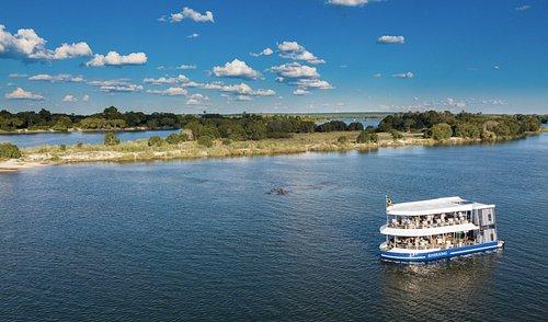 Take a Zambezi Cruise on Shearwater's luxury Riversong.