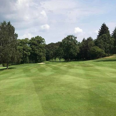 Described as one of Scotland's hidden gems, Cochrane's greens are known for their superb quality. They are generally quite small, although there are a couple that remind you of the Masters at Augusta National, full-sized and fiery.