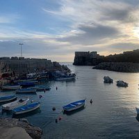 La pointe Algiers by the morning beautiful place to see the rising sun with a little crique and some fishermen