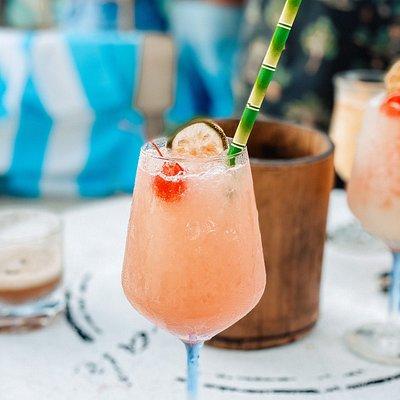 Geeeeat cocktails n sunset