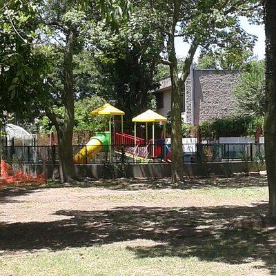 Plaza Salaberry: Sector Juegos Infantiles- Barrio Mataderos, Bs.As. 2020.