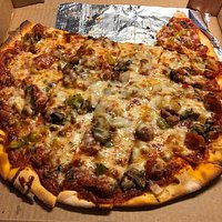 Rocco's Pub & Pizza, Winona, Minnesota -- The Special Pizza
