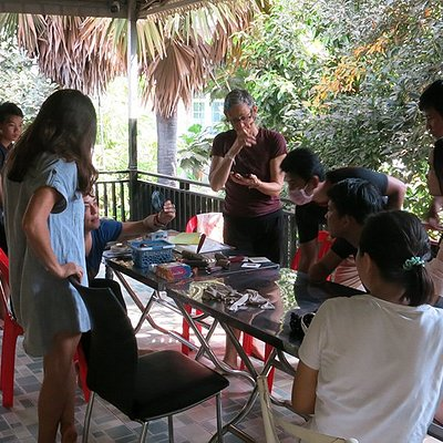 Laura Gunnip holding a print workshop at Open Studio Cambodia