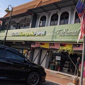 Kedai Kerepek Paroi
