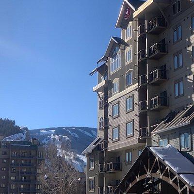 Charter Sports Ski & Snowboard Renatls