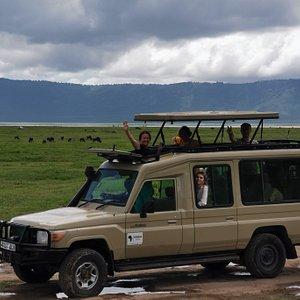 Машина для сафари в Нгоронгоро