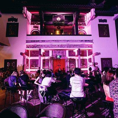Yin Alfresco Bar & Lounge